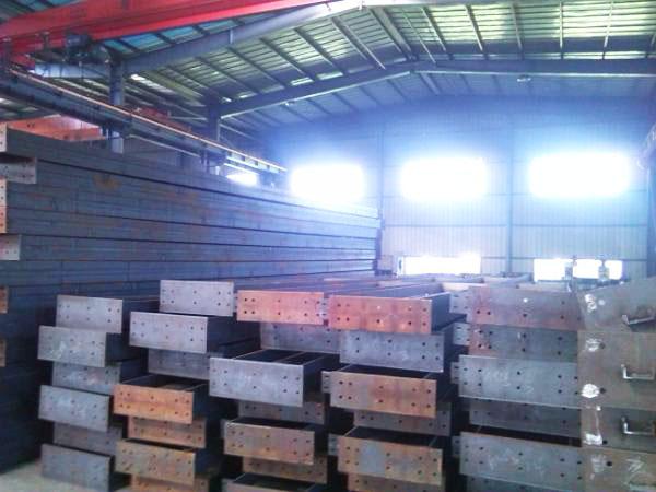 设备及生产现场-江苏华宝钢结构有限公司